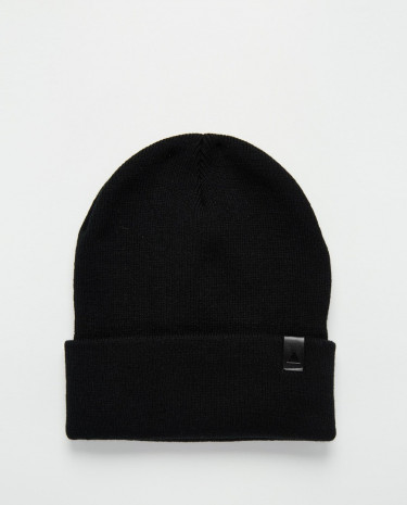 Fashion Shop - ASOS Beanie in Black with Patch - Black