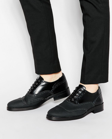 Fashion Shop - ASOS Brogue Shoes in Black Leather With Matt Finish - Black