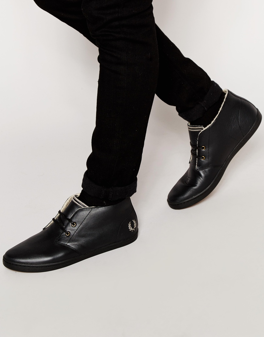 chaussures de séparation 5feec 0aa0d Fred Perry Byron Leather Chukka Plimsolls with Faux Shearling Lining - Black