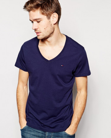 Fashion Shop - Hilfiger Denim T-Shirt with V Neck - Navy