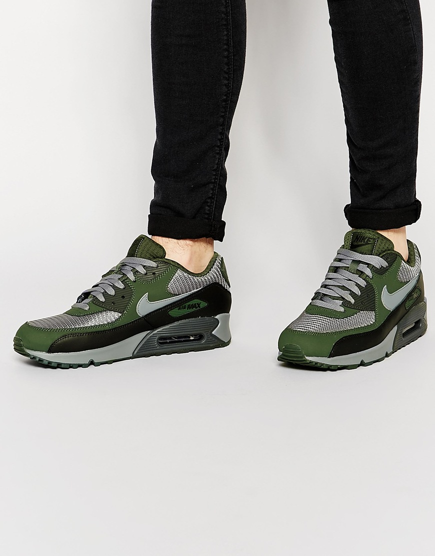 Lightweight, breathable, and flexible, Nike Air Max 90