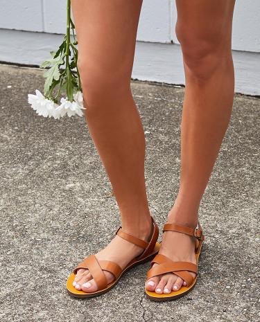 Fashion Shop - Lipstik Bamboo Sandals Tan