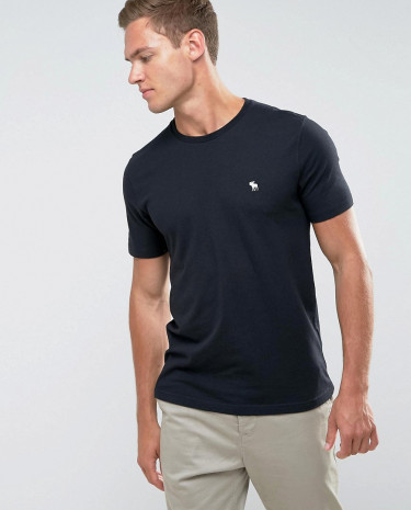 Fashion Shop - Abercrombie & Fitch Slim Fit T-Shirt Crew Neck Logo in Black - Black