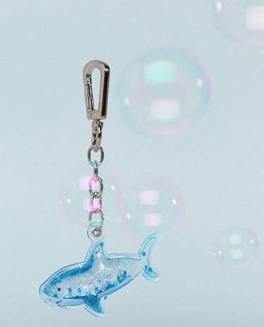 Fashion Shop - Skinnydip Liquid Shark Keyring - Multi