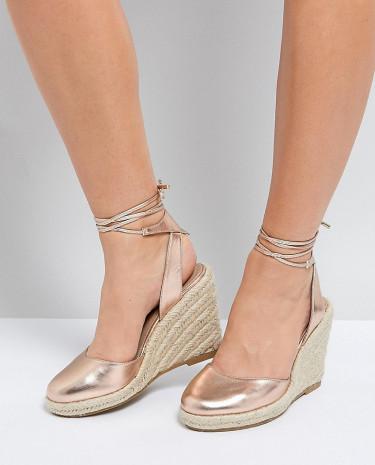 Fashion Shop - ASOS JUICIEST Wide Fit Espadrille Wedges - Gold
