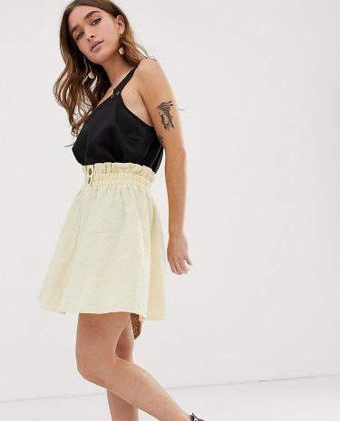 Fashion Shop - ASOS DESIGN Petite seersucker mini skirt with shirred waistband - Cream